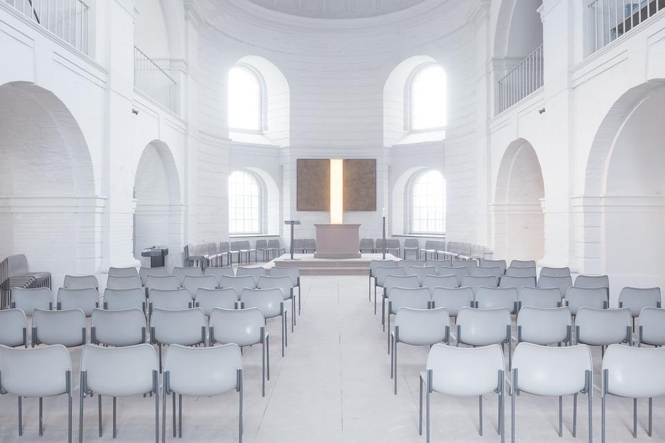 真っ白な教会