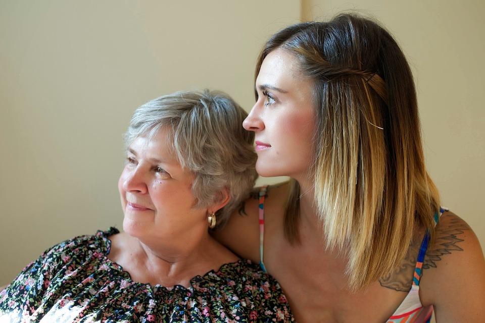 おばあさんと娘